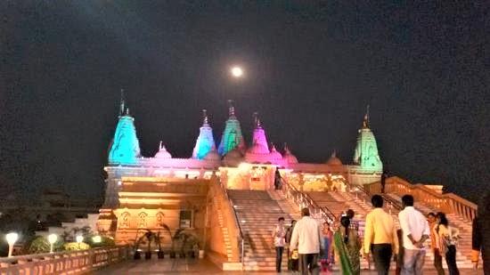 Swami Narayan Mandir, the most significant landmark in the Vidarbha region.